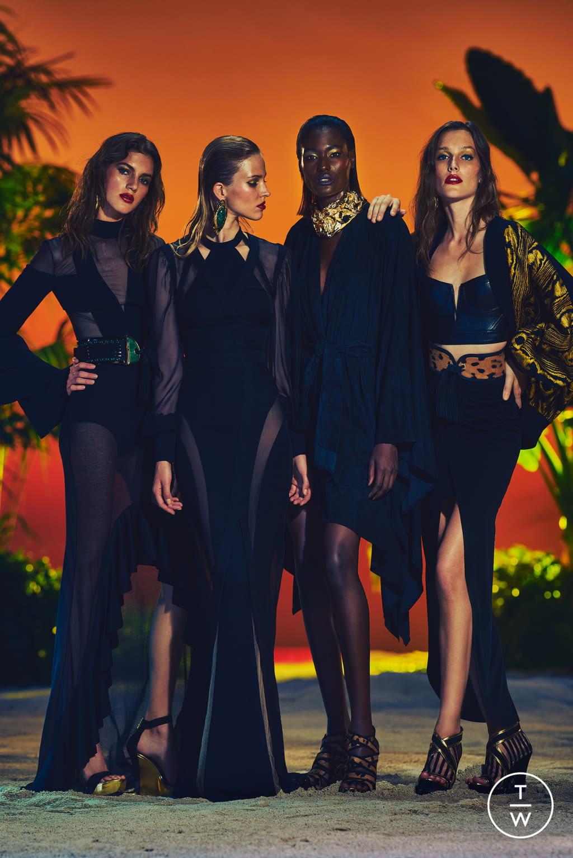 Fashion Week Paris Resort 2017 look 35 from the Balmain collection womenswear