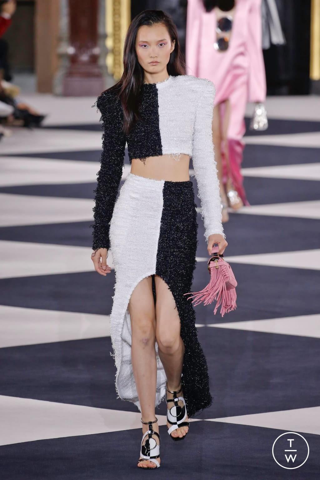 Fashion Week Paris Spring/Summer 2020 look 22 from the Balmain collection womenswear