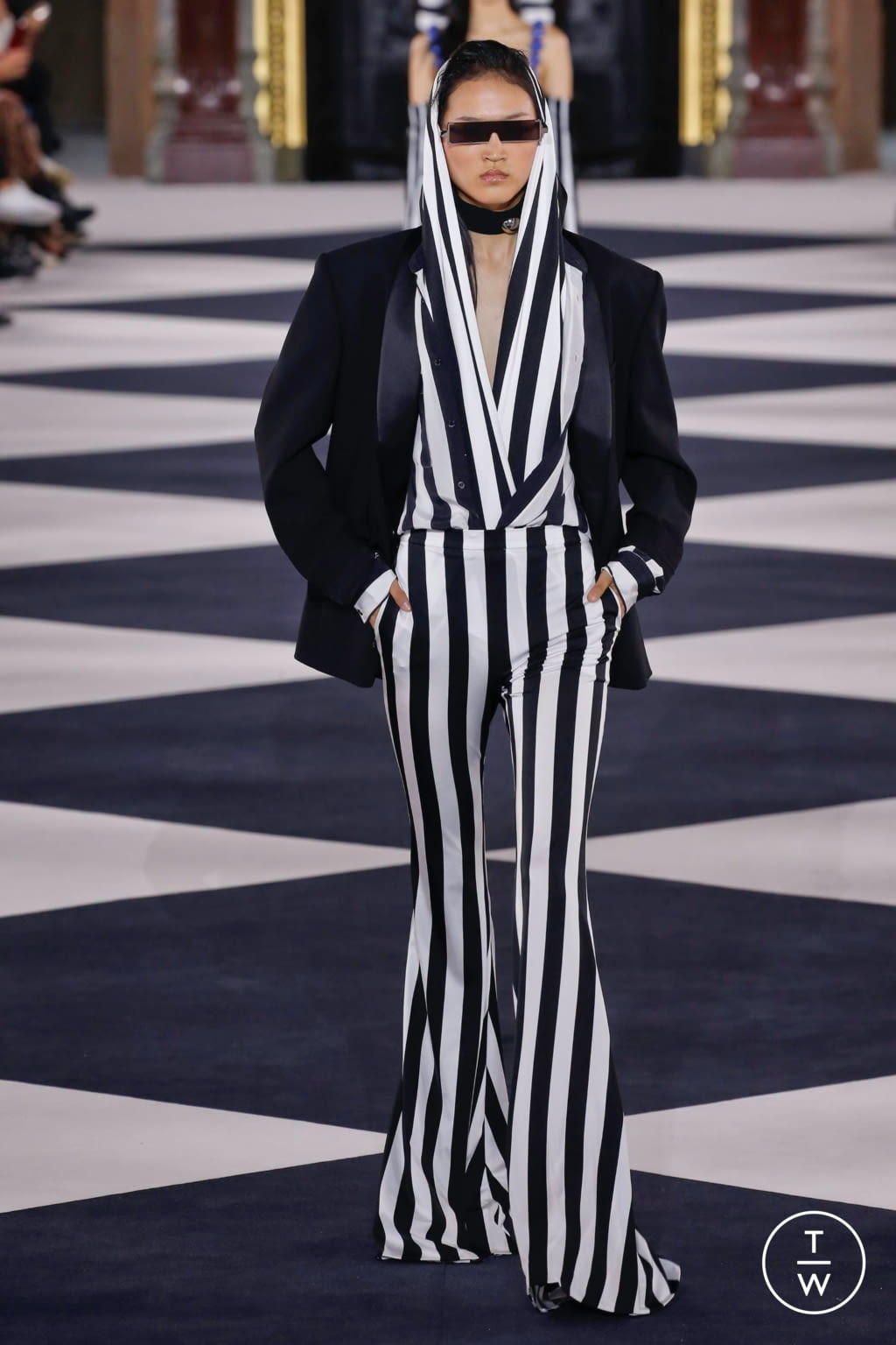 Fashion Week Paris Spring/Summer 2020 look 26 from the Balmain collection womenswear