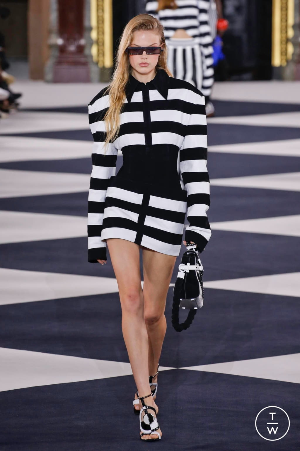 Fashion Week Paris Spring/Summer 2020 look 28 from the Balmain collection 女装