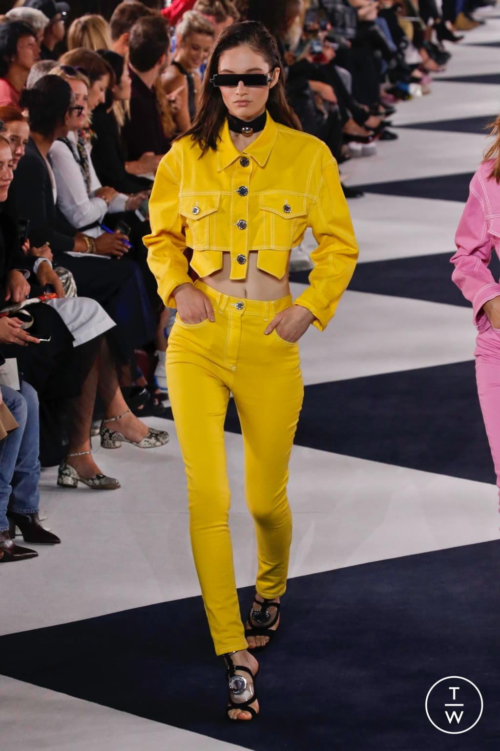 Fashion Week Paris Spring/Summer 2020 look 44 from the Balmain collection womenswear