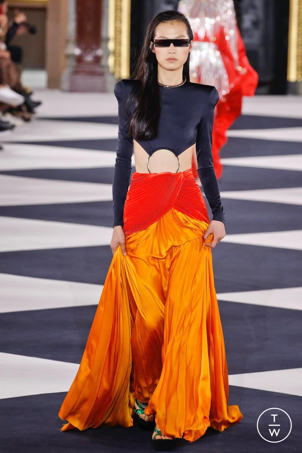 Fashion Week Paris Spring/Summer 2020 look 75 from the Balmain collection womenswear