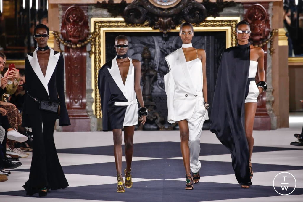 Fashion Week Paris Spring/Summer 2020 look 107 from the Balmain collection womenswear