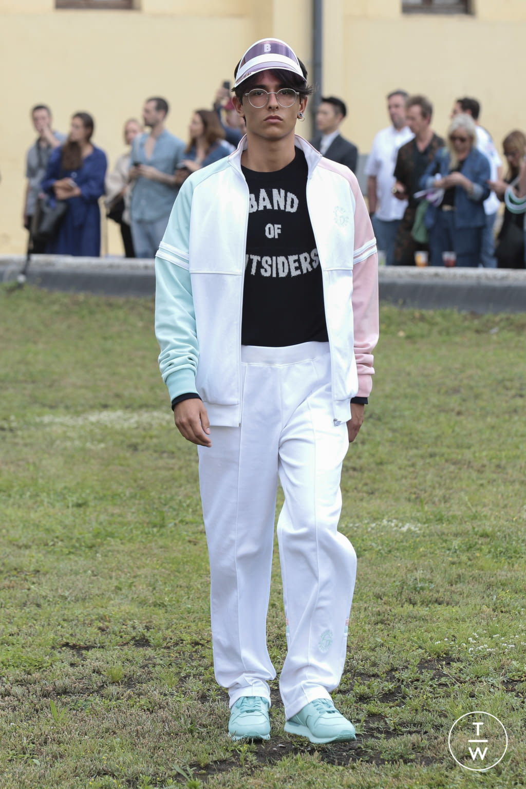 Fashion Week Florence Spring/Summer 2019 look 5 from the Band of Outsiders collection menswear
