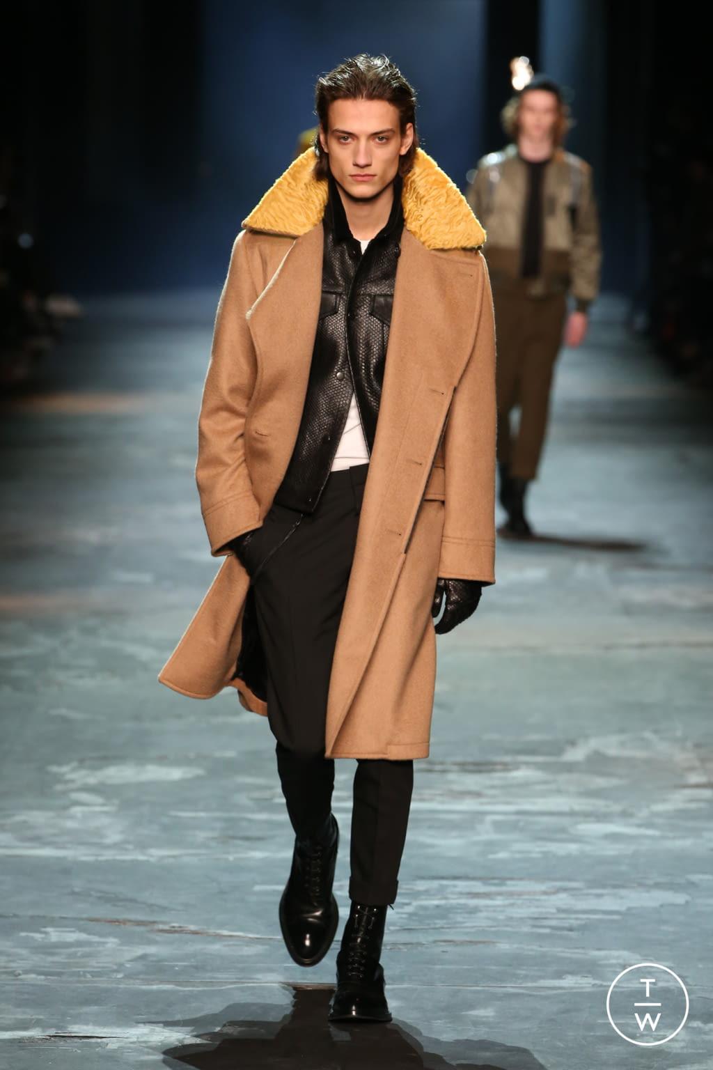 Fashion Week Paris Fall/Winter 2017 look 4 de la collection Berluti menswear
