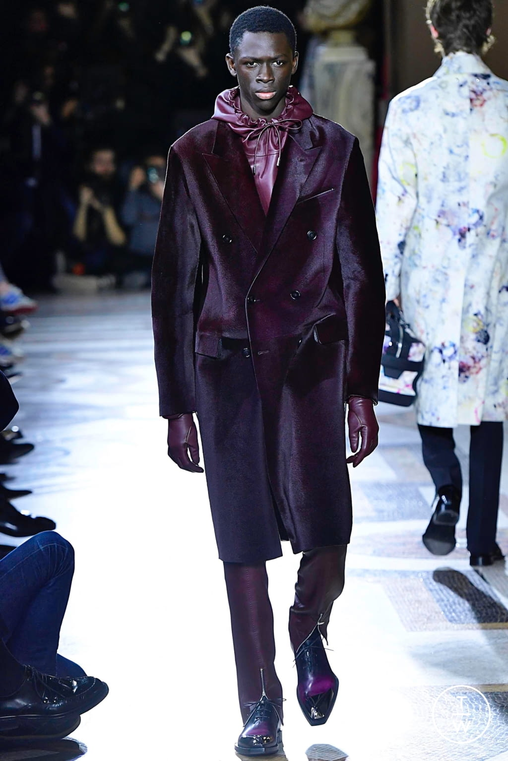 Fashion Week Paris Fall/Winter 2019 look 3 de la collection Berluti menswear