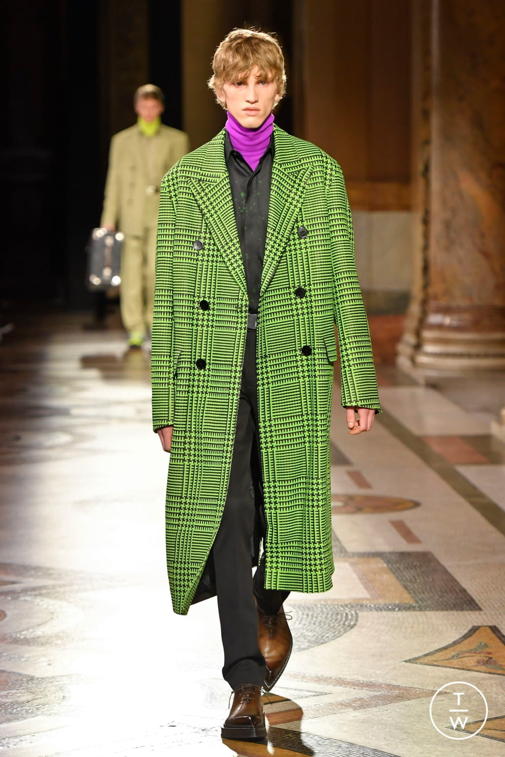 Fashion Week Paris Fall/Winter 2020 look 3 from the Berluti collection menswear