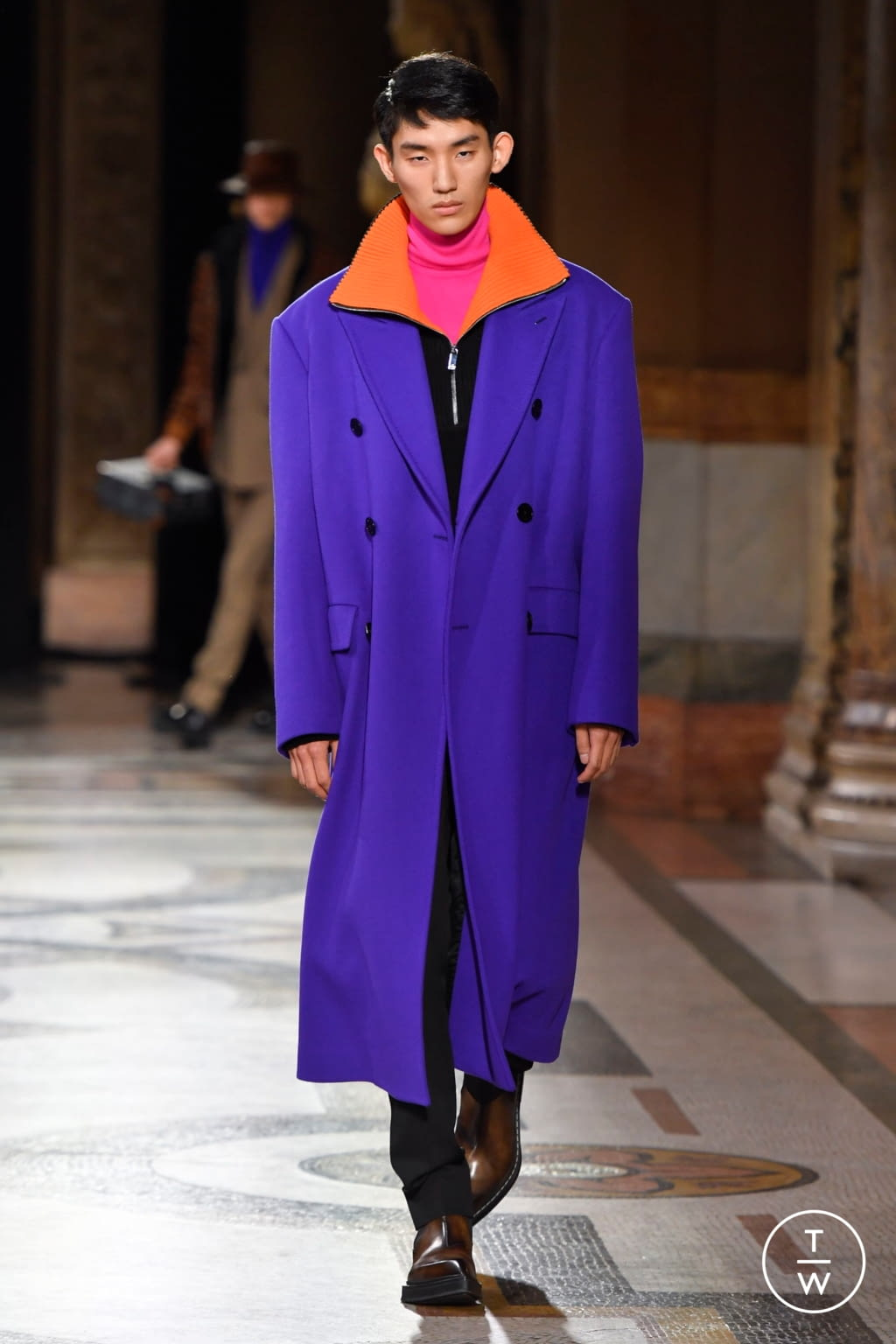 Fashion Week Paris Fall/Winter 2020 look 8 from the Berluti collection menswear