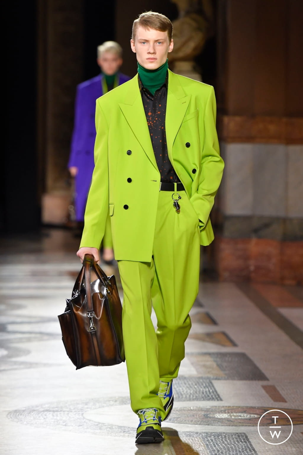 Fashion Week Paris Fall/Winter 2020 look 15 from the Berluti collection menswear