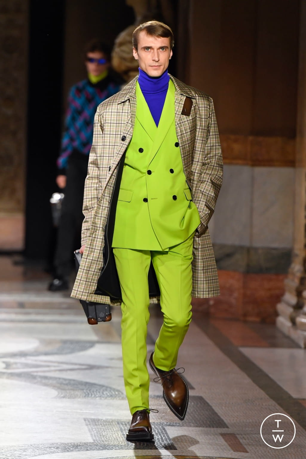 Fashion Week Paris Fall/Winter 2020 look 24 from the Berluti collection menswear
