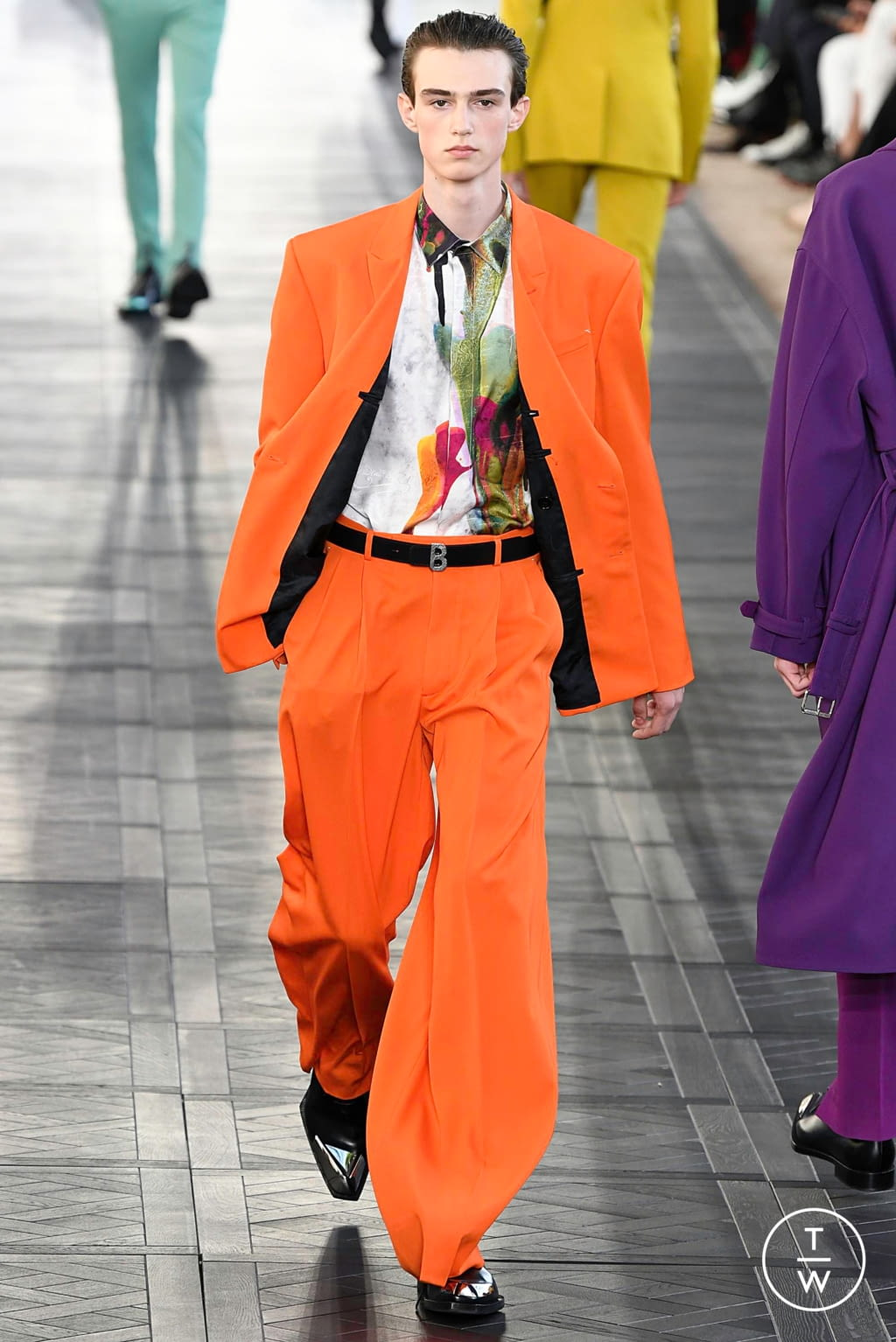 Fashion Week Paris Spring/Summer 2020 look 4 from the Berluti collection 男装