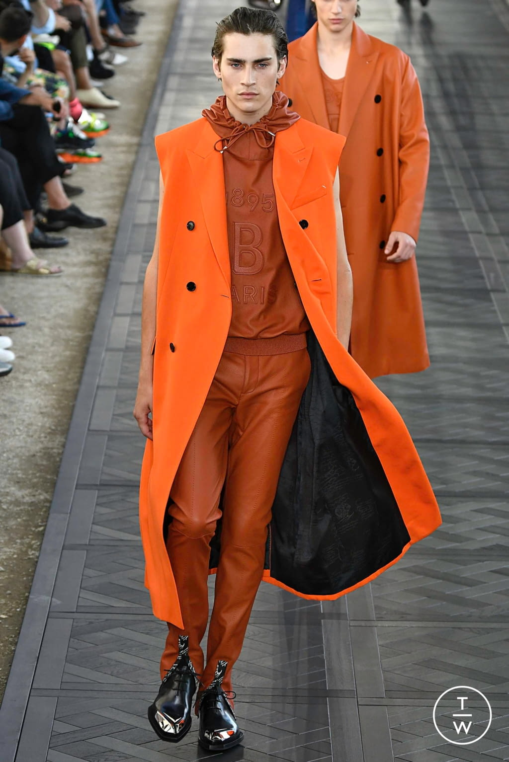 Fashion Week Paris Spring/Summer 2020 look 14 from the Berluti collection menswear