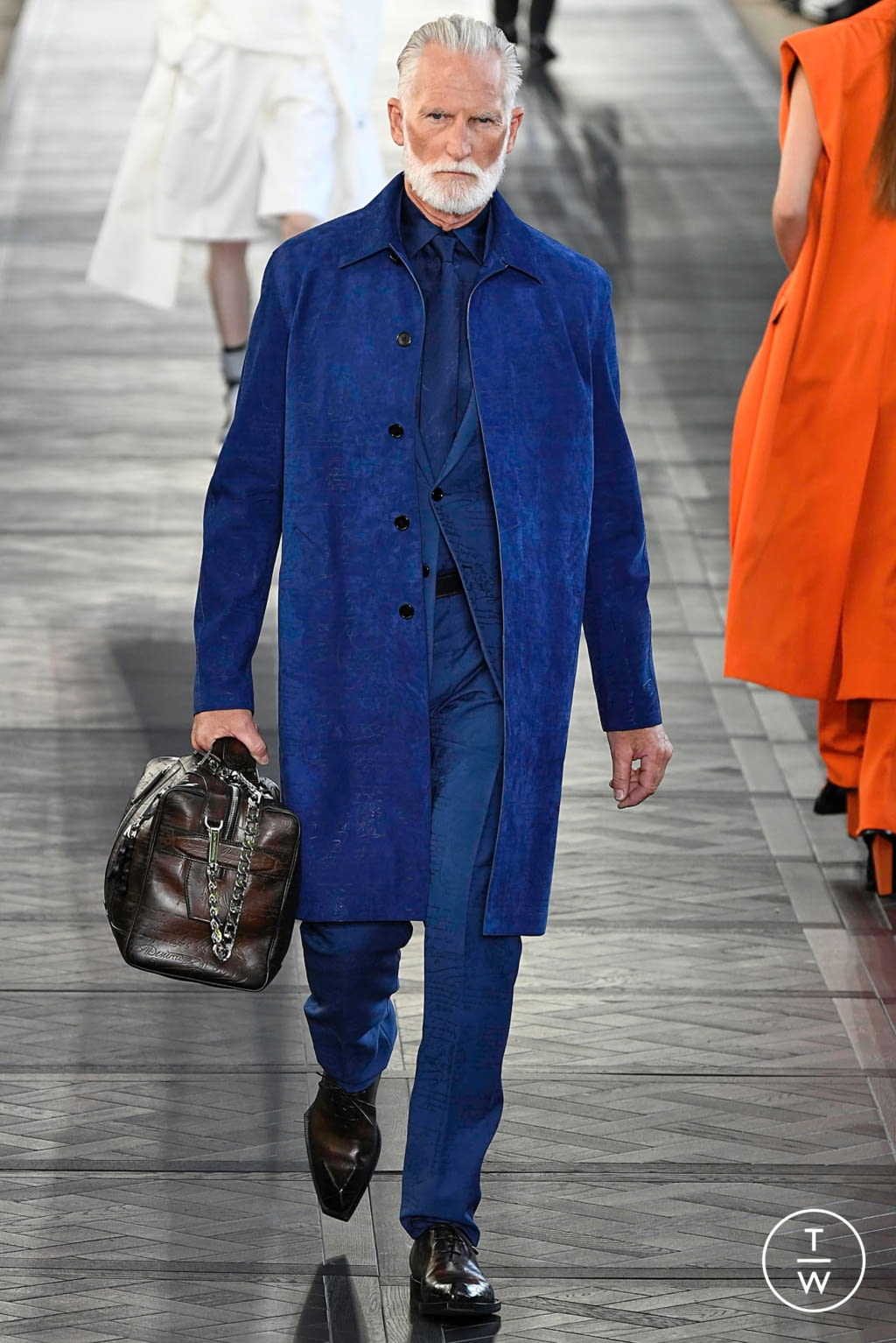 Fashion Week Paris Spring/Summer 2020 look 16 from the Berluti collection menswear