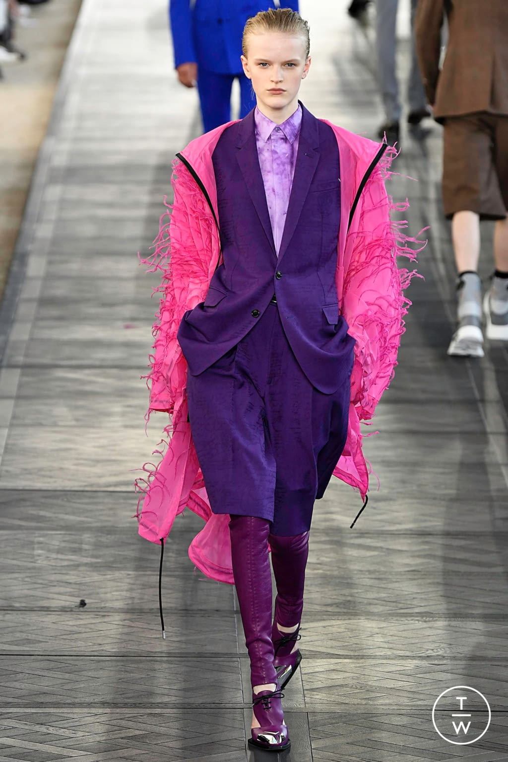 Fashion Week Paris Spring/Summer 2020 look 25 from the Berluti collection menswear