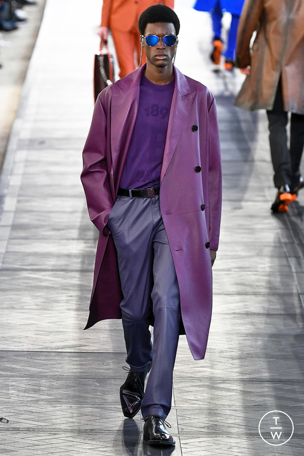 Fashion Week Paris Spring/Summer 2020 look 38 from the Berluti collection menswear