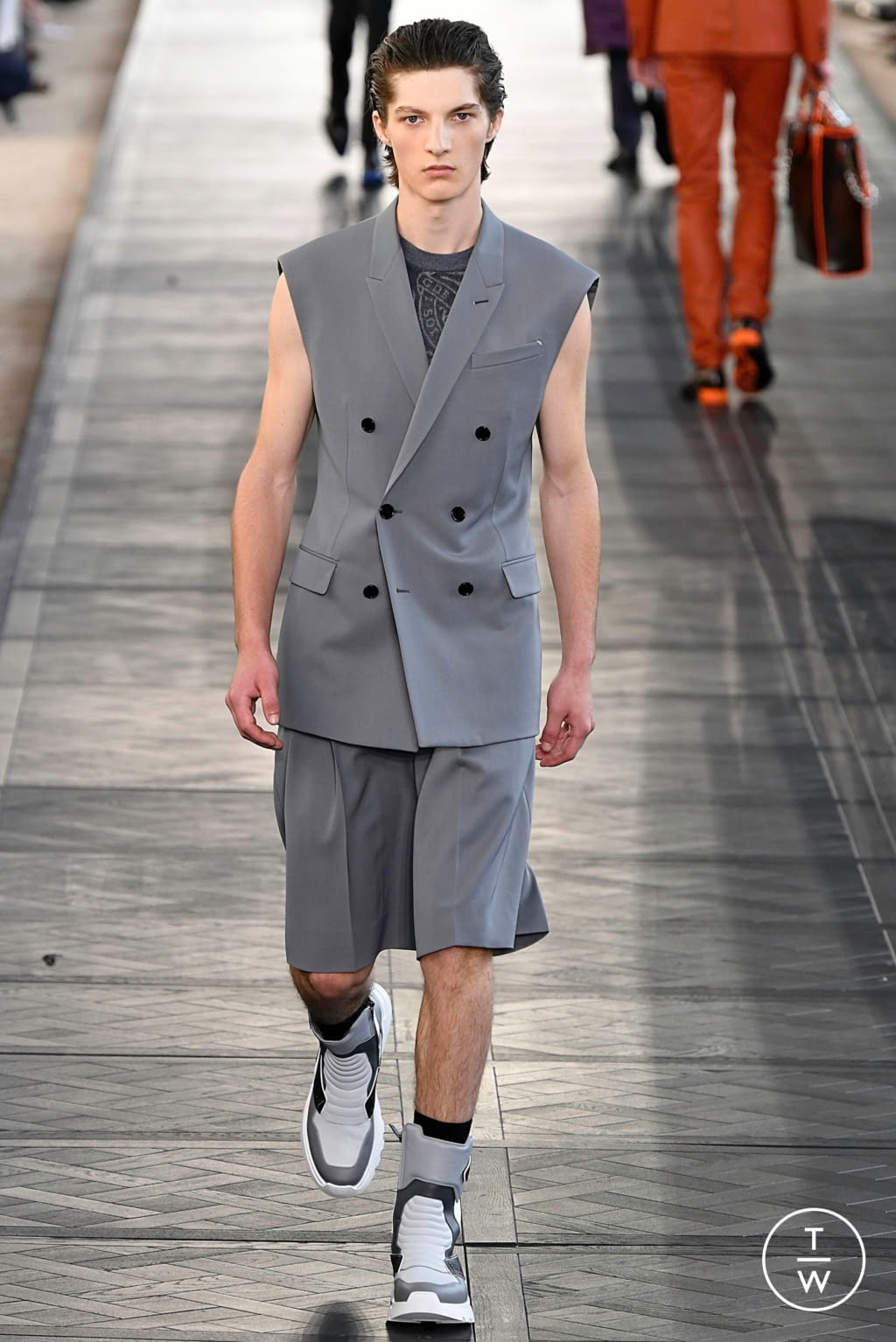 Fashion Week Paris Spring/Summer 2020 look 41 from the Berluti collection menswear