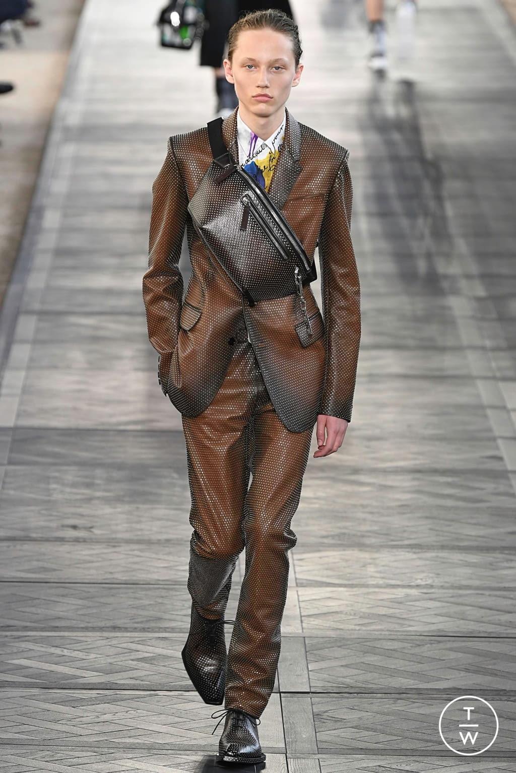 Fashion Week Paris Spring/Summer 2020 look 43 de la collection Berluti menswear