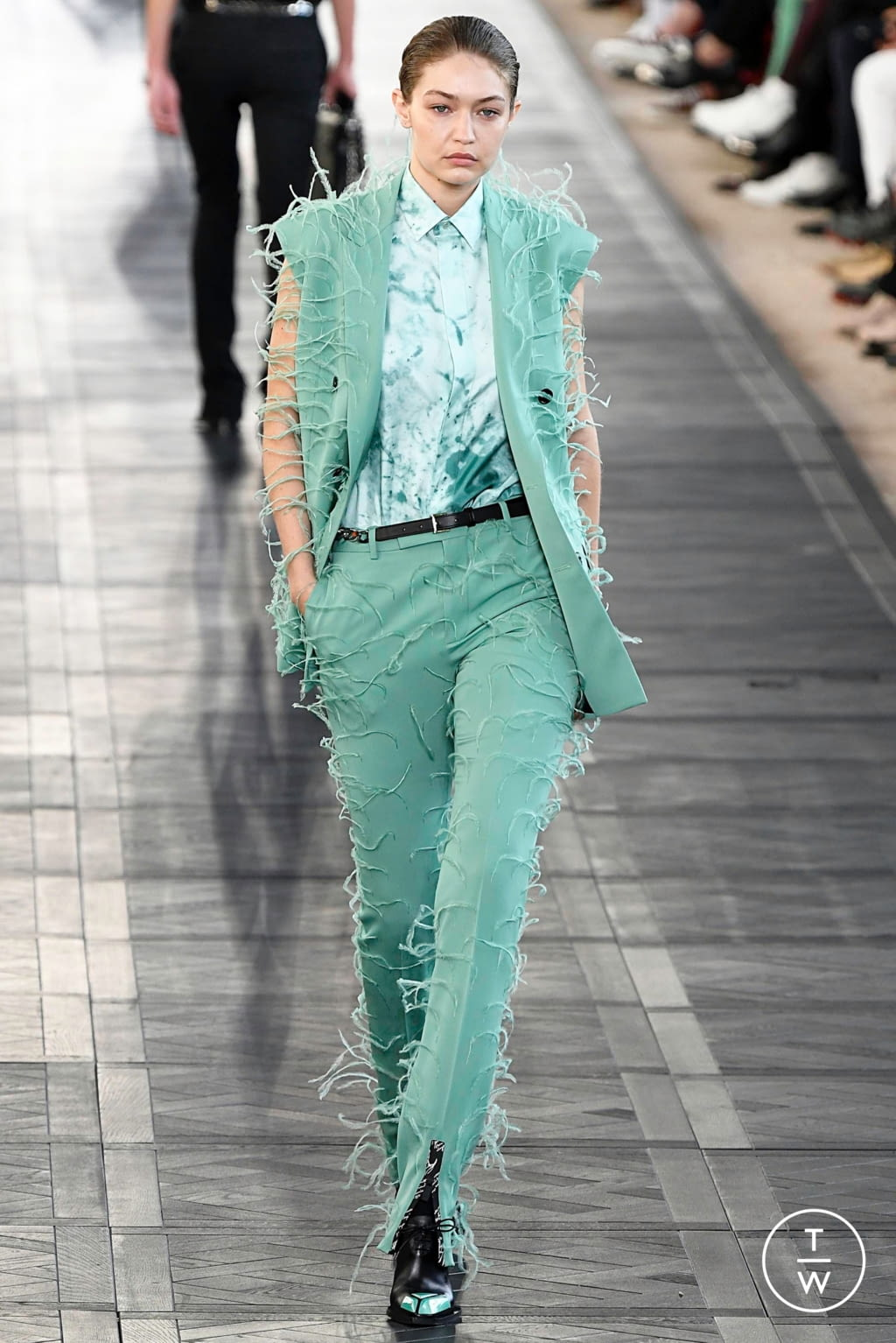 Fashion Week Paris Spring/Summer 2020 look 49 de la collection Berluti menswear
