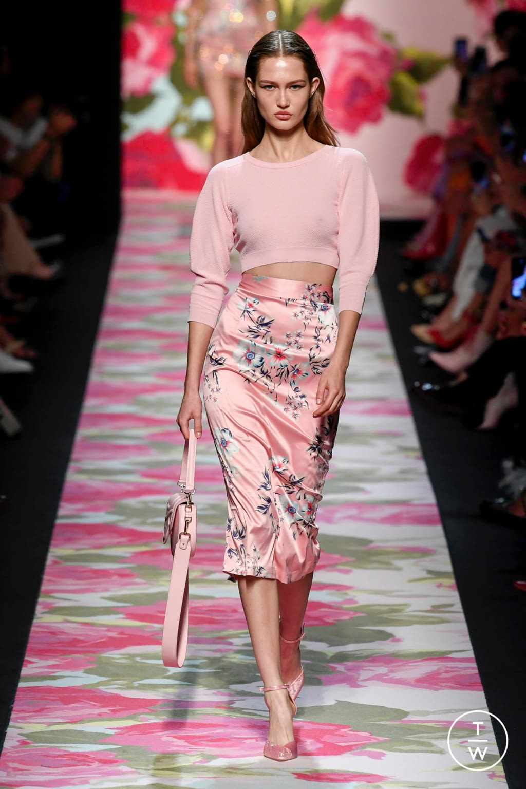 Fashion Week Milan Spring/Summer 2020 look 6 from the Blumarine collection 女装