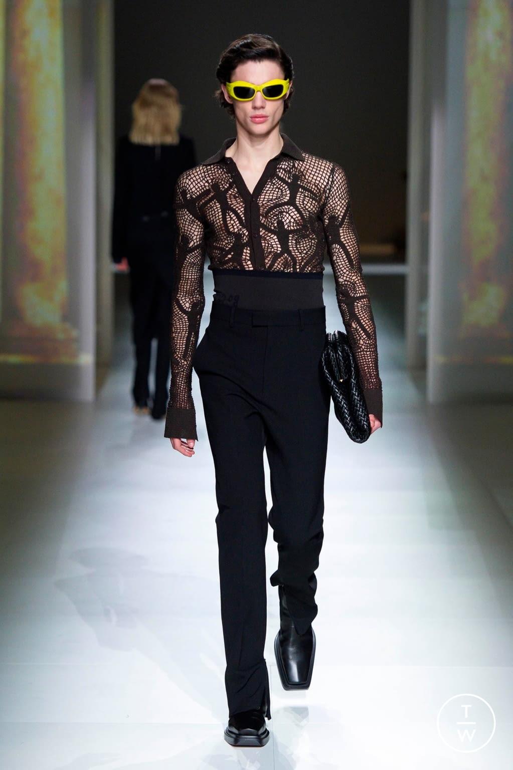 Fashion Week Milan Fall/Winter 2020 look 11 from the Bottega Veneta collection 女装