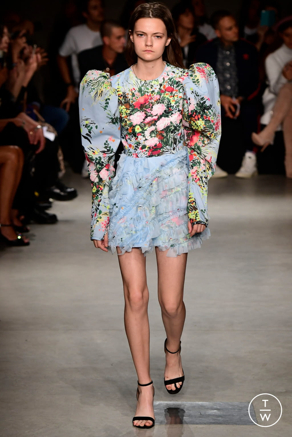 Fashion Week Milan Spring/Summer 2018 look 10 from the Brognano collection womenswear