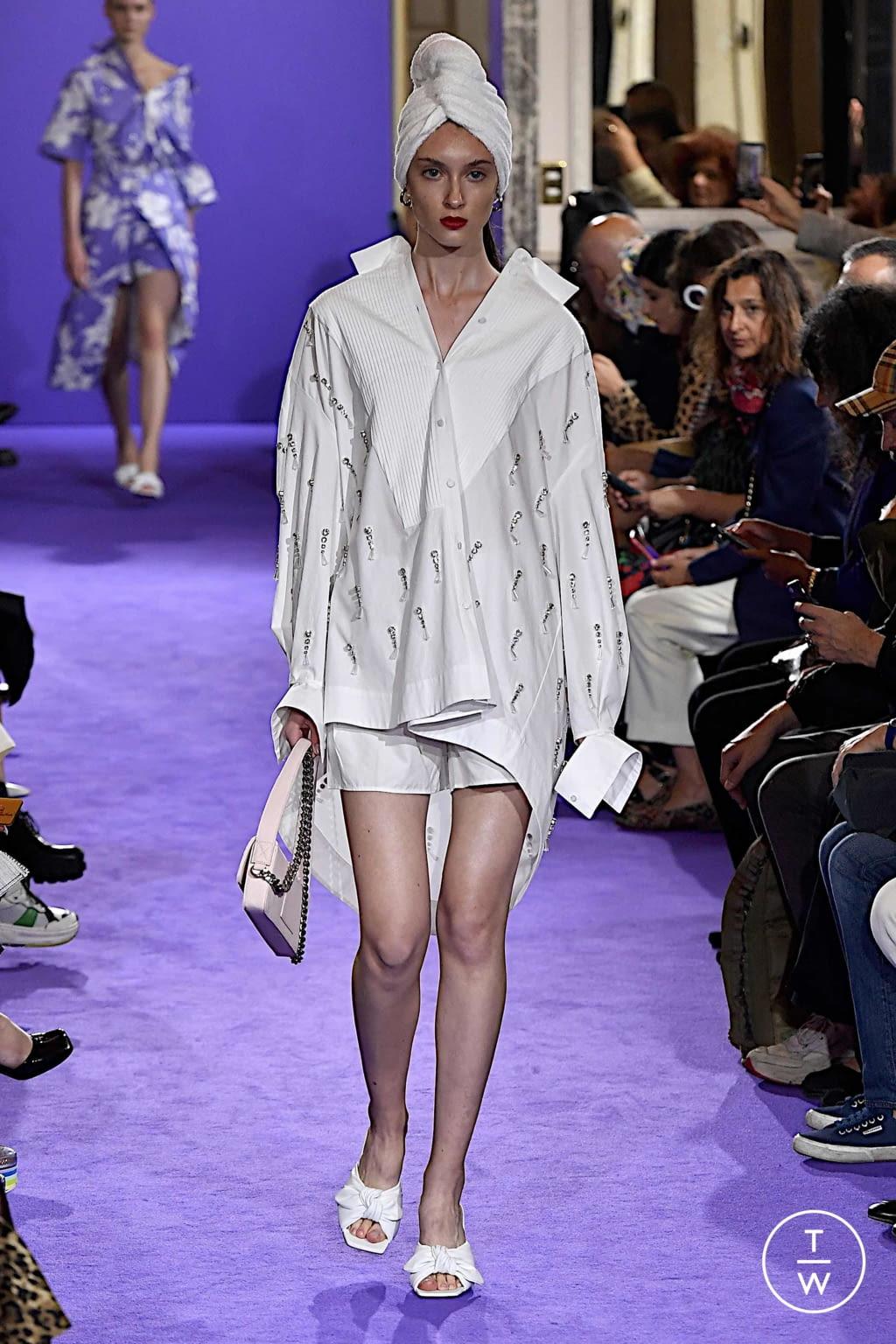 Fashion Week Milan Spring/Summer 2020 look 12 de la collection Brognano womenswear