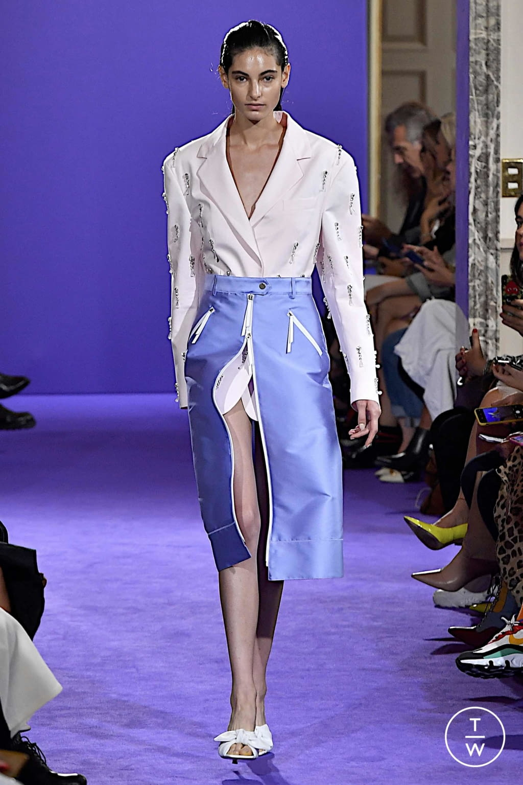 Fashion Week Milan Spring/Summer 2020 look 16 de la collection Brognano womenswear