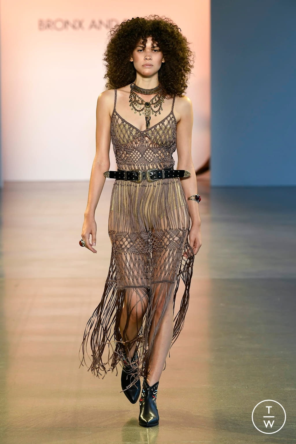 Fashion Week New York Spring/Summer 2020 look 26 from the Bronx & Banco collection womenswear
