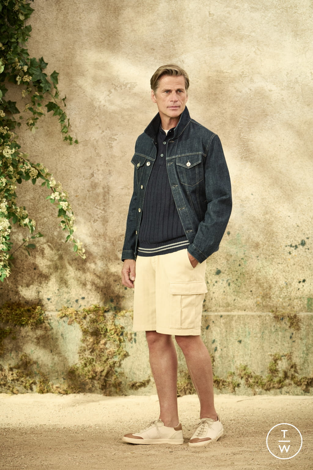 Fashion Week Milan Spring/Summer 2022 look 6 from the Brunello Cucinelli collection menswear