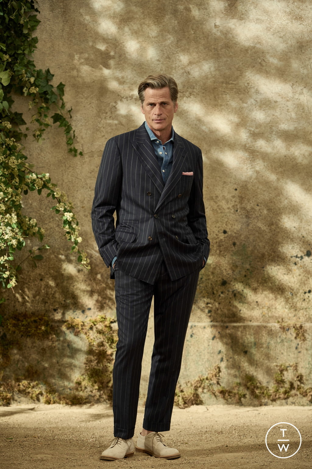 Fashion Week Milan Spring/Summer 2022 look 8 from the Brunello Cucinelli collection menswear