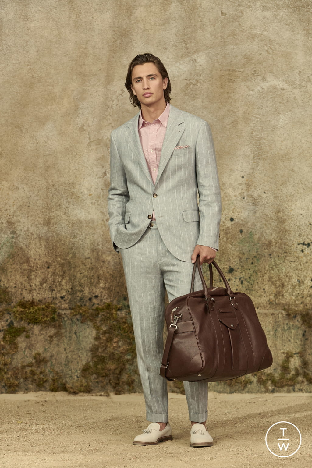 Fashion Week Milan Spring/Summer 2022 look 13 from the Brunello Cucinelli collection menswear