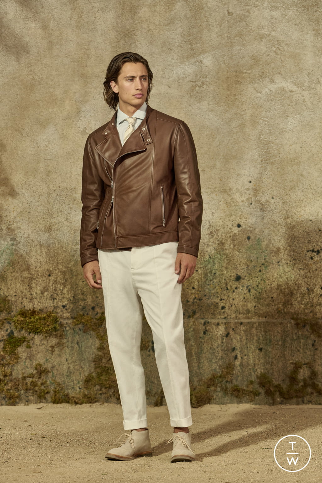 Fashion Week Milan Spring/Summer 2022 look 17 from the Brunello Cucinelli collection menswear