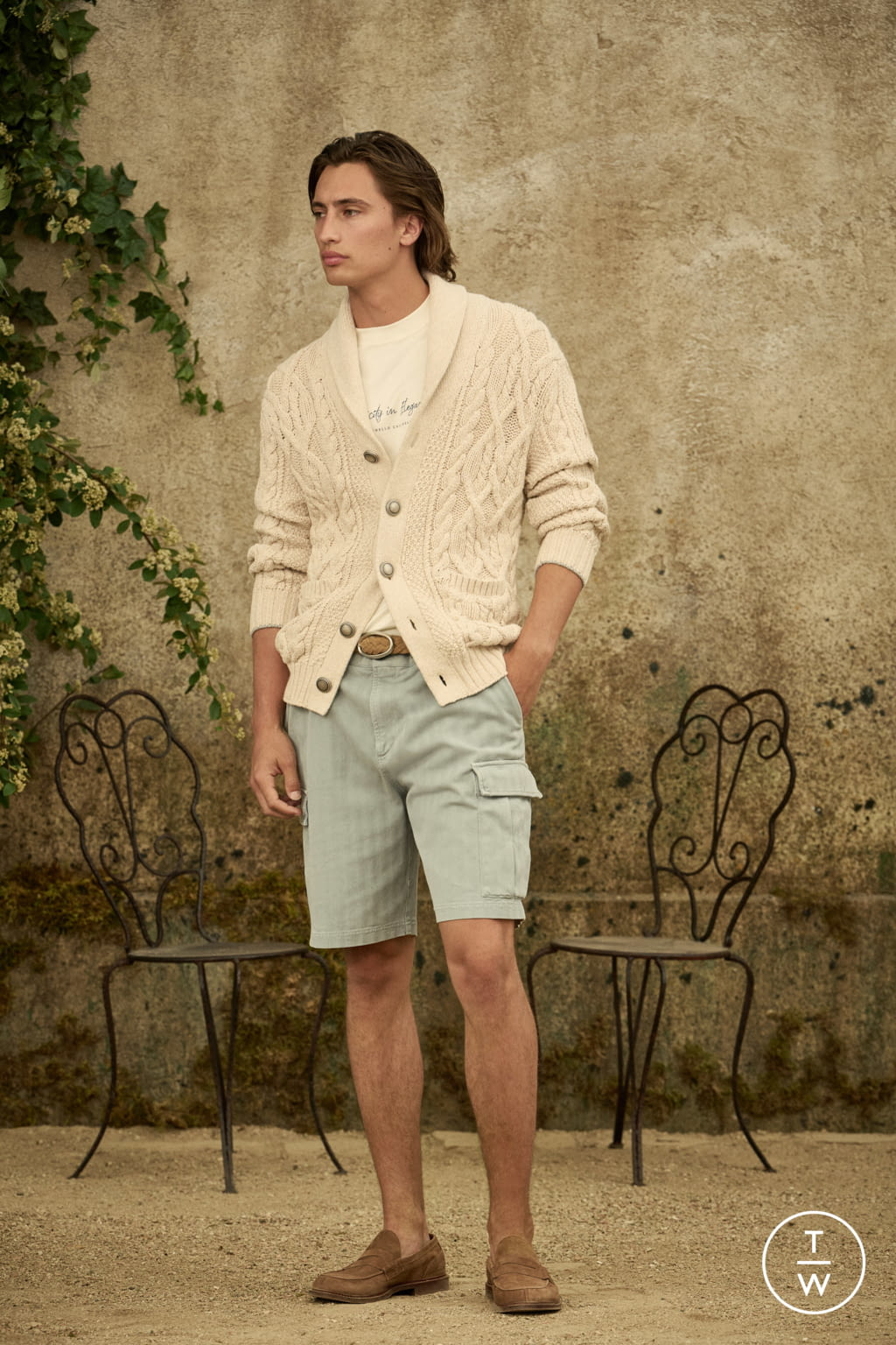 Fashion Week Milan Spring/Summer 2022 look 18 from the Brunello Cucinelli collection menswear