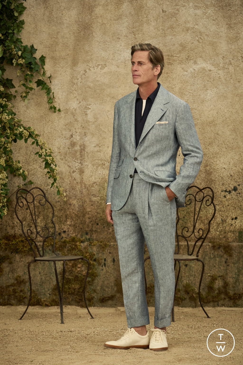 Fashion Week Milan Spring/Summer 2022 look 23 from the Brunello Cucinelli collection menswear