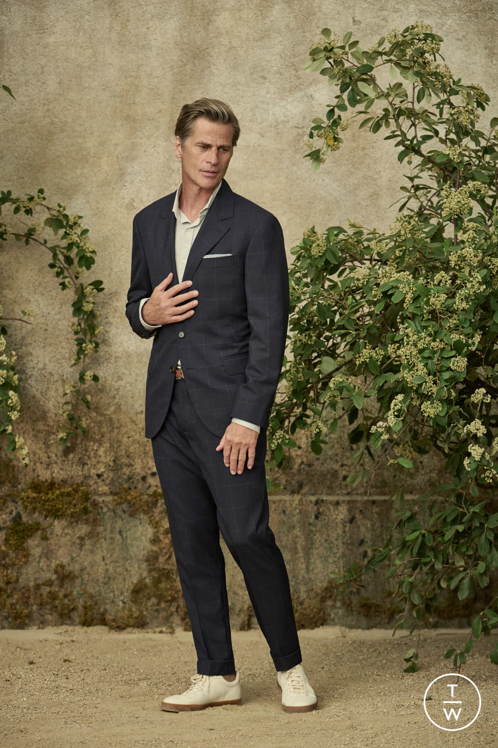 Fashion Week Milan Spring/Summer 2022 look 25 from the Brunello Cucinelli collection menswear