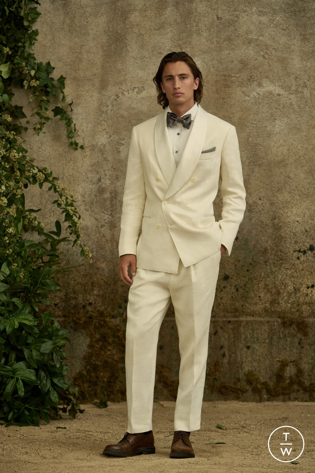 Fashion Week Milan Spring/Summer 2022 look 27 from the Brunello Cucinelli collection menswear