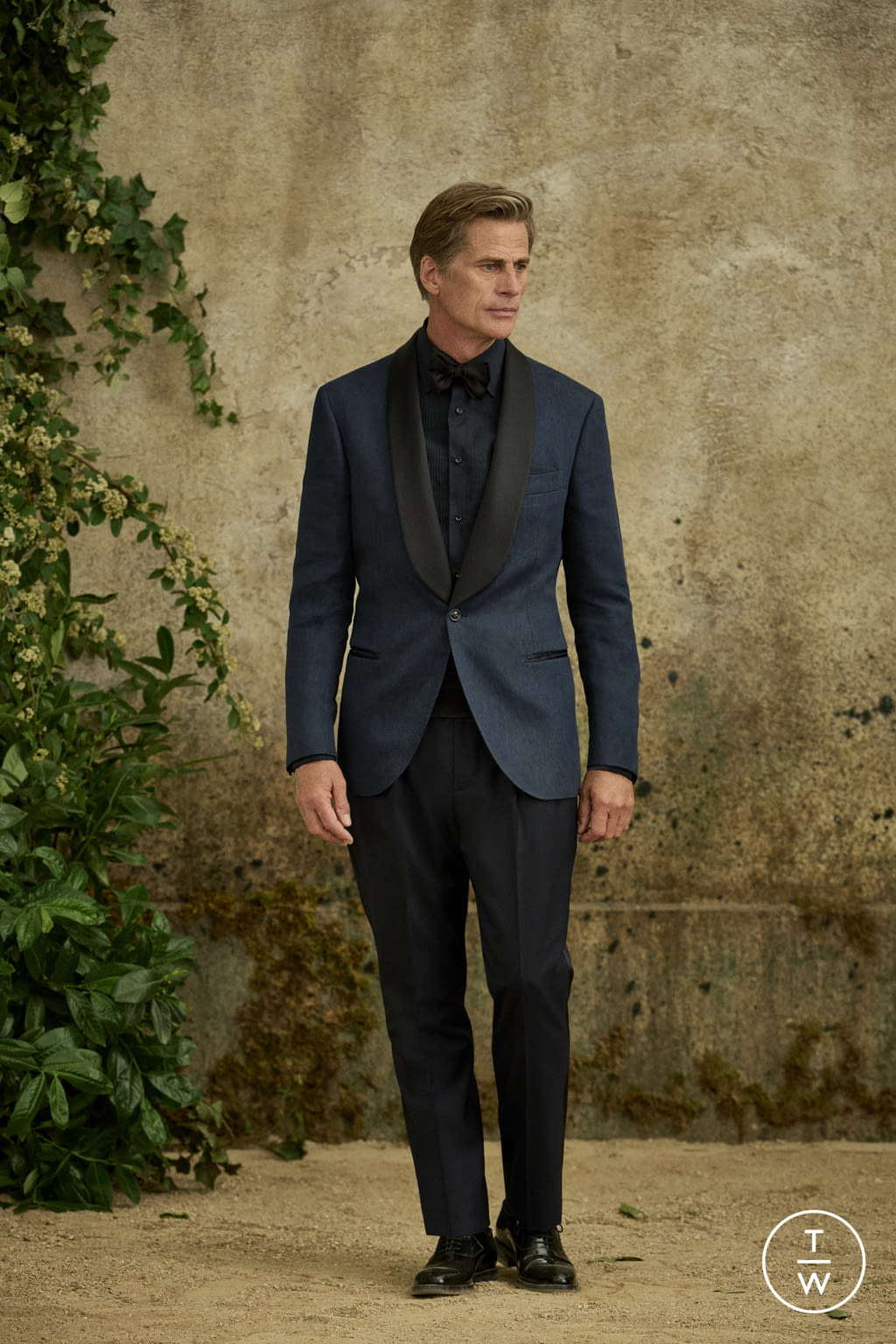 Fashion Week Milan Spring/Summer 2022 look 28 from the Brunello Cucinelli collection menswear
