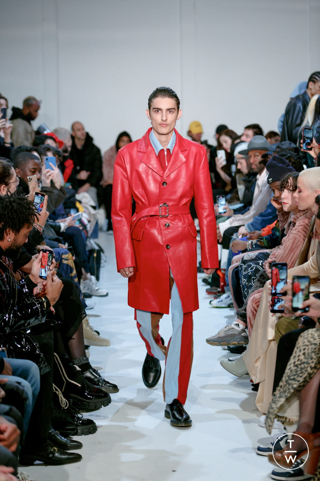 Fashion Week Paris Fall/Winter 2020 look 4 from the Blue Marble collection menswear