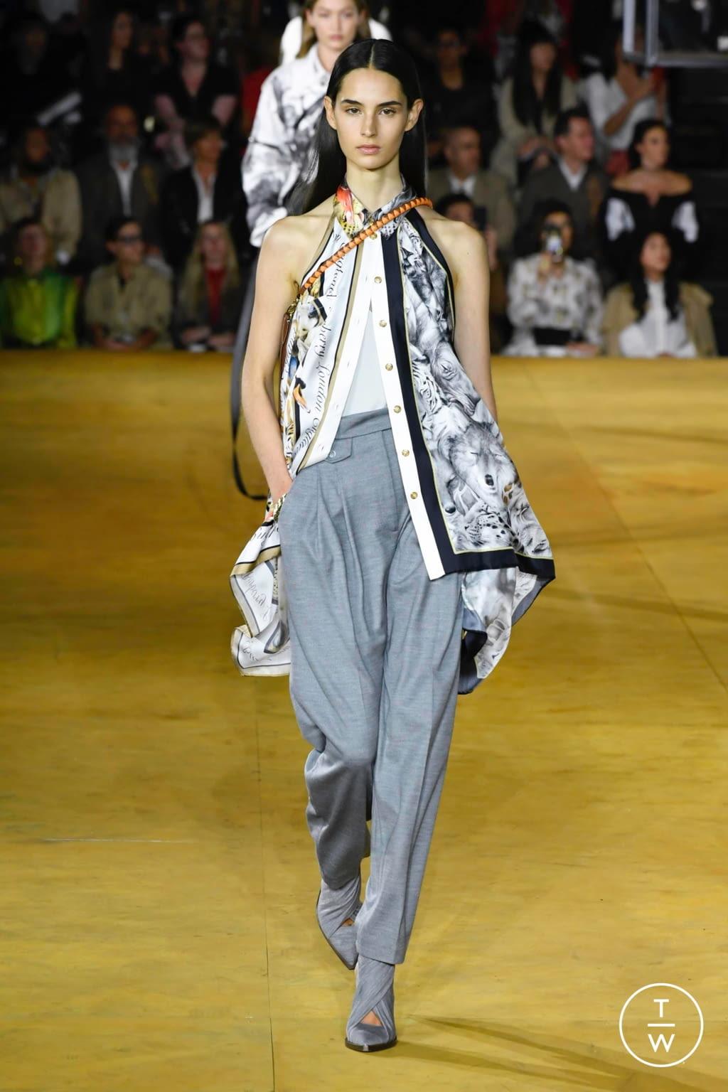 Fashion Week London Spring/Summer 2020 look 12 de la collection Burberry womenswear