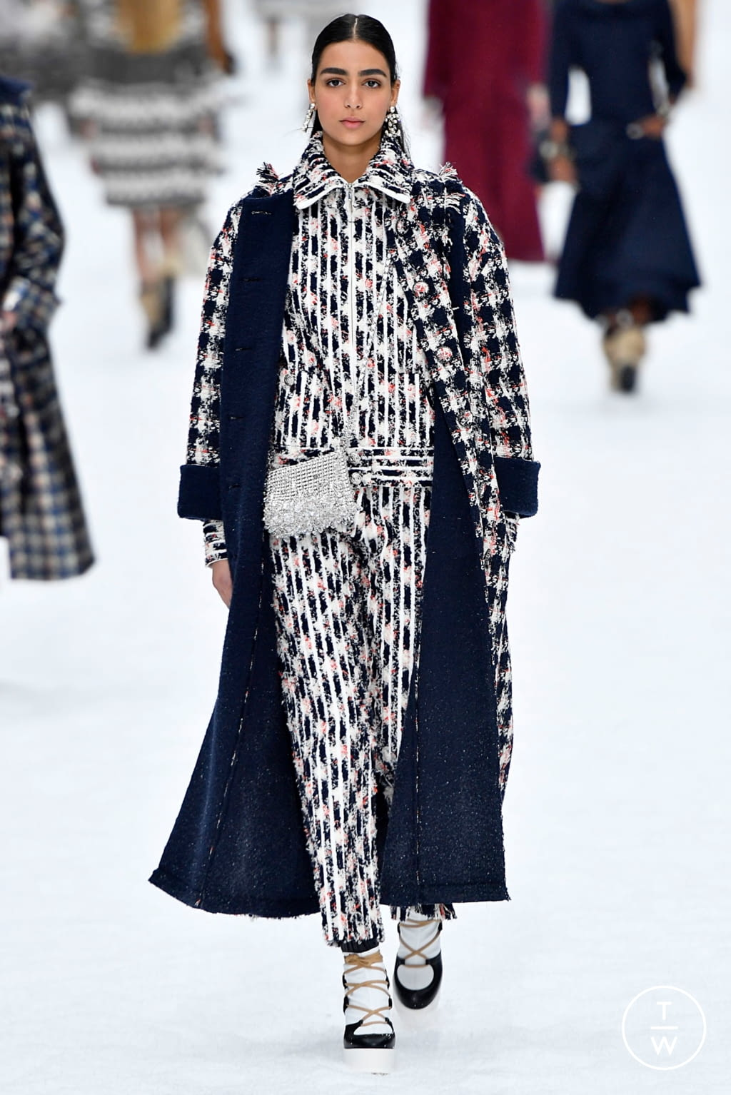 Fashion Week Paris Fall/Winter 2019 look 31 de la collection Chanel womenswear
