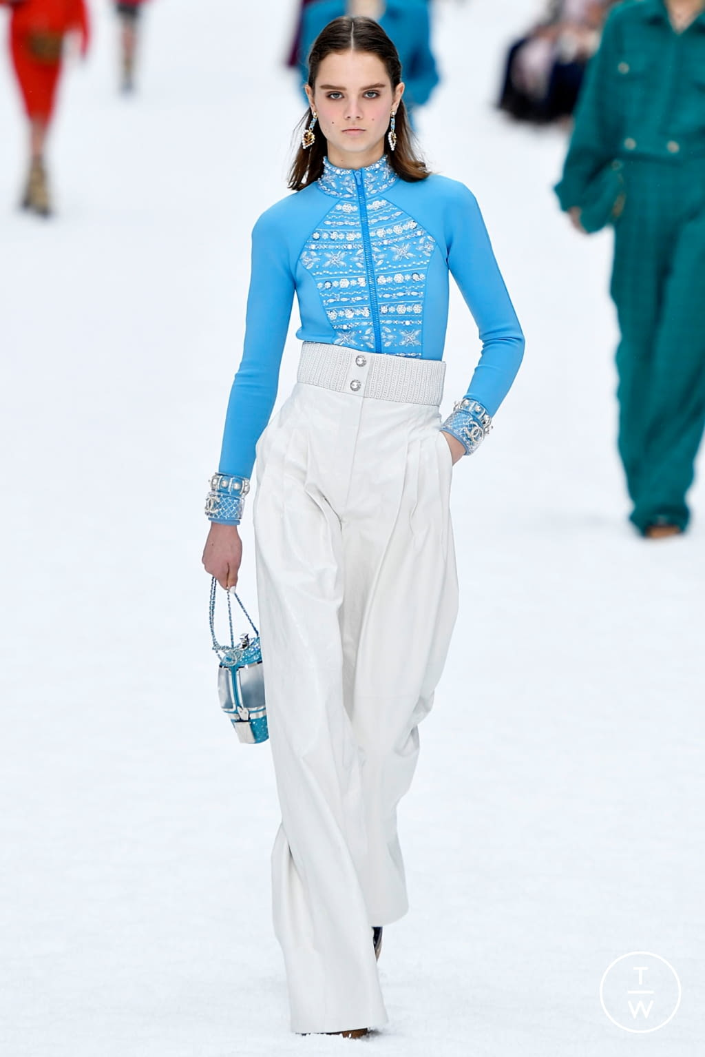 Fashion Week Paris Fall/Winter 2019 look 41 from the Chanel collection womenswear