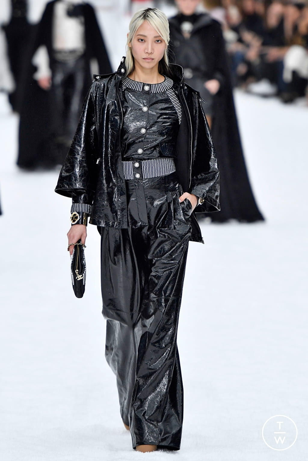 Fashion Week Paris Fall/Winter 2019 look 55 from the Chanel collection womenswear