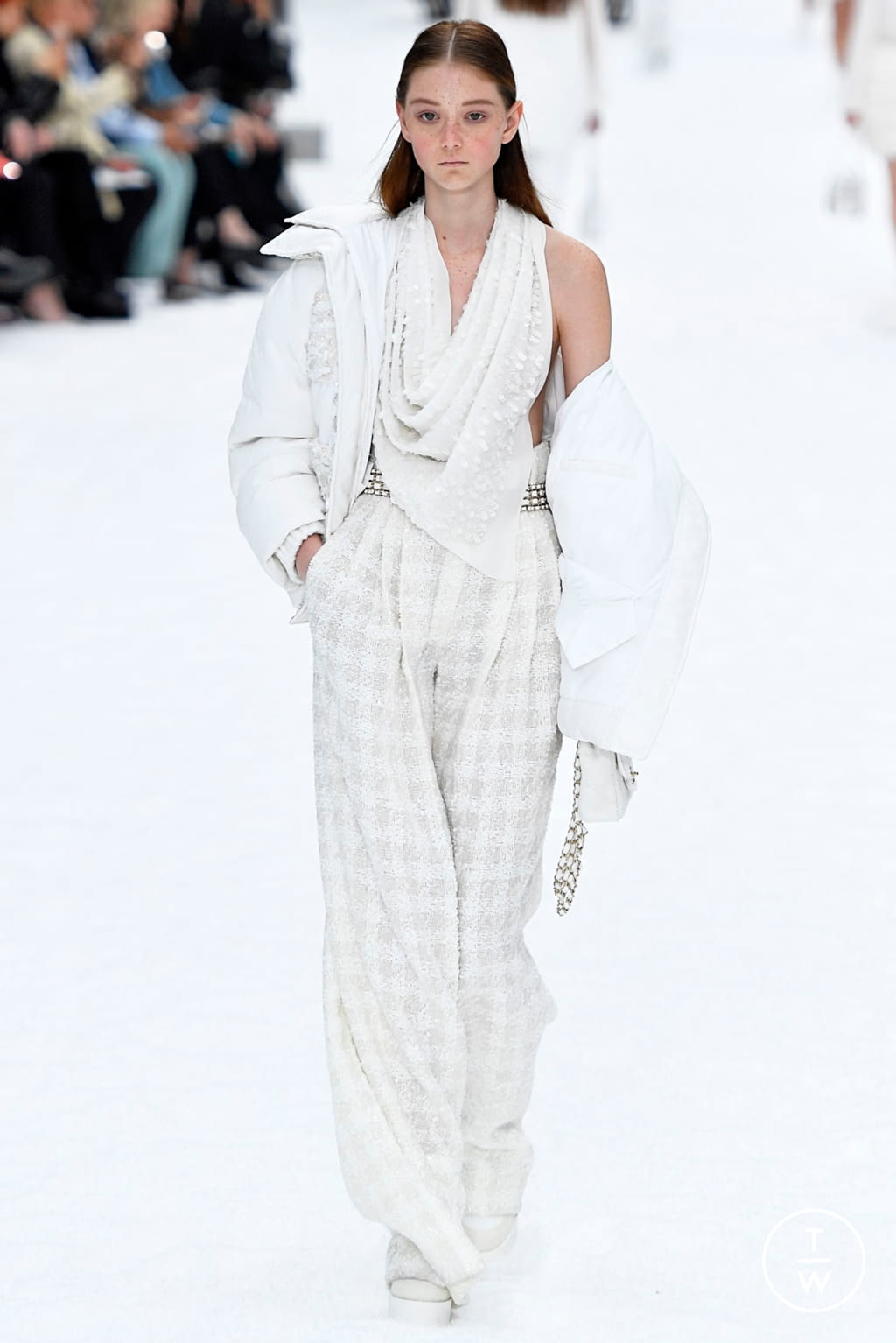 Fashion Week Paris Fall/Winter 2019 look 67 from the Chanel collection womenswear