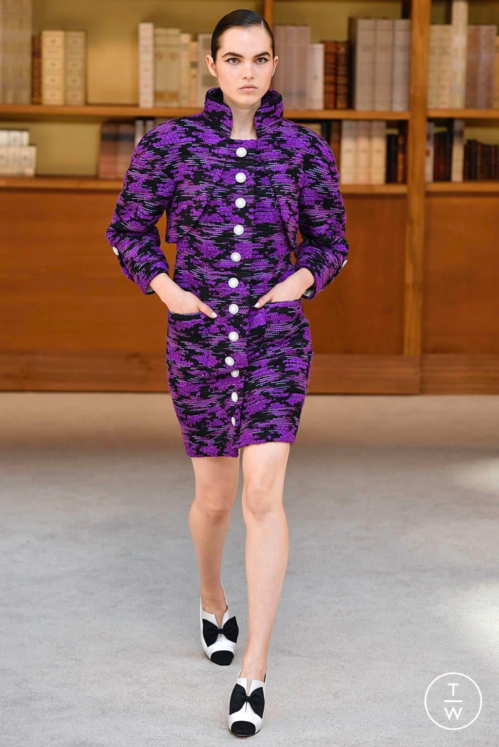 Fashion Week Paris Fall/Winter 2019 look 9 de la collection Chanel couture