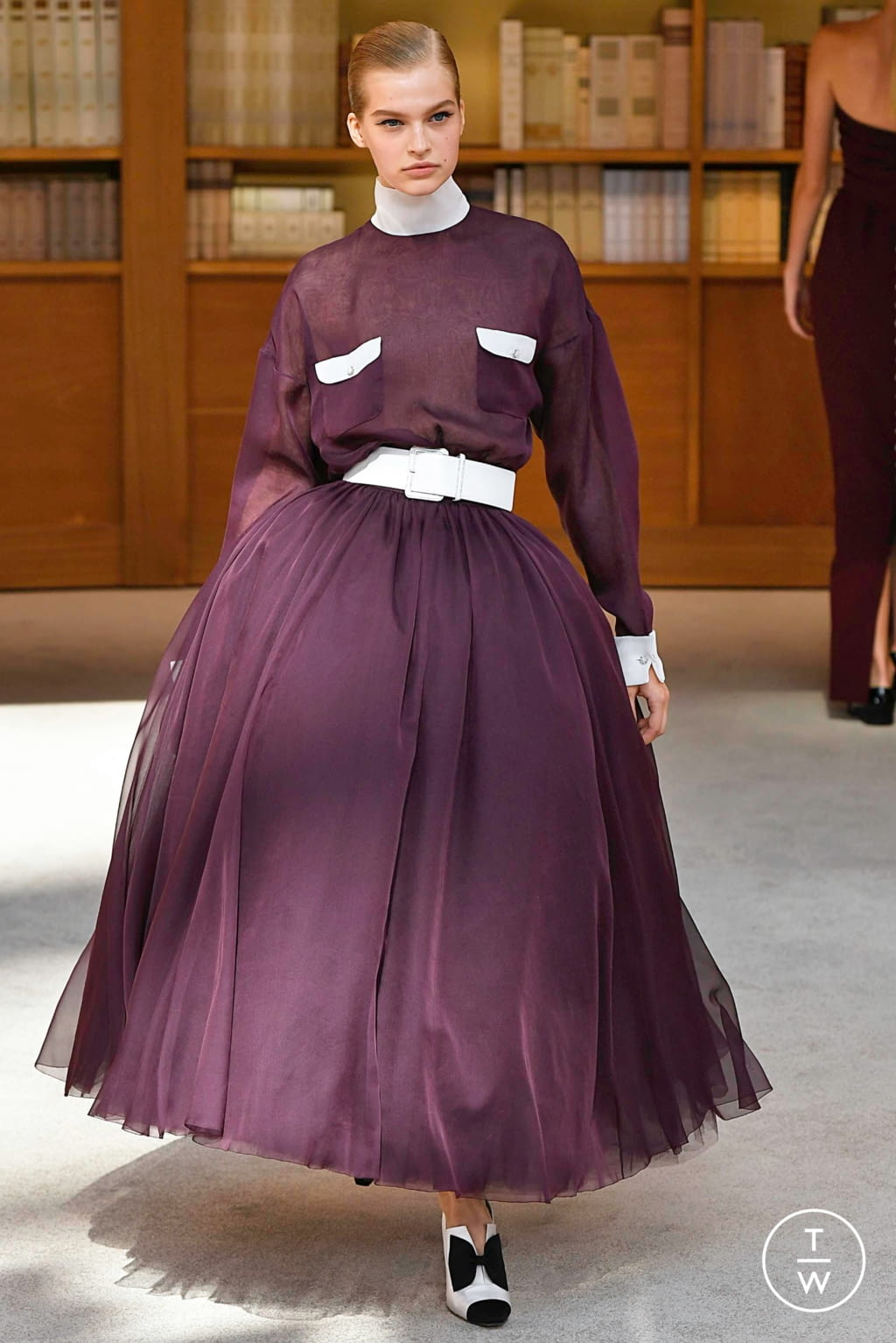 Fashion Week Paris Fall/Winter 2019 look 51 from the Chanel collection couture