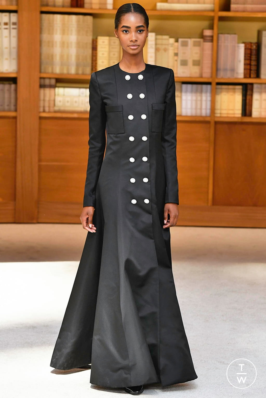 Fashion Week Paris Fall/Winter 2019 look 53 from the Chanel collection couture