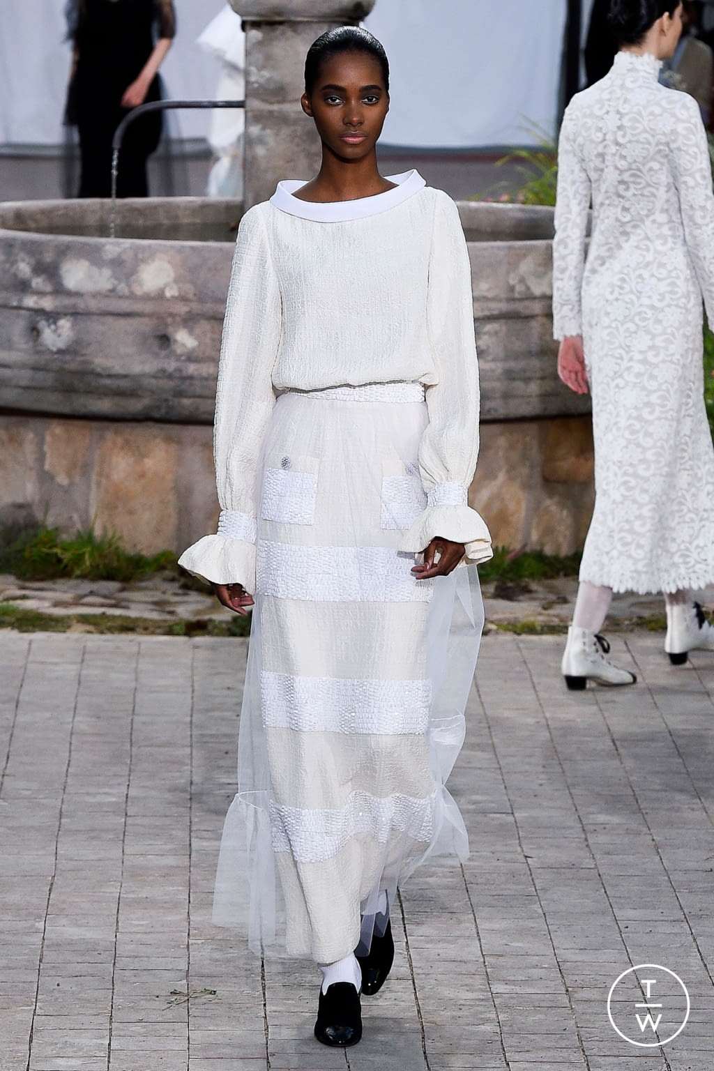 Fashion Week Paris Spring/Summer 2020 look 42 de la collection Chanel couture