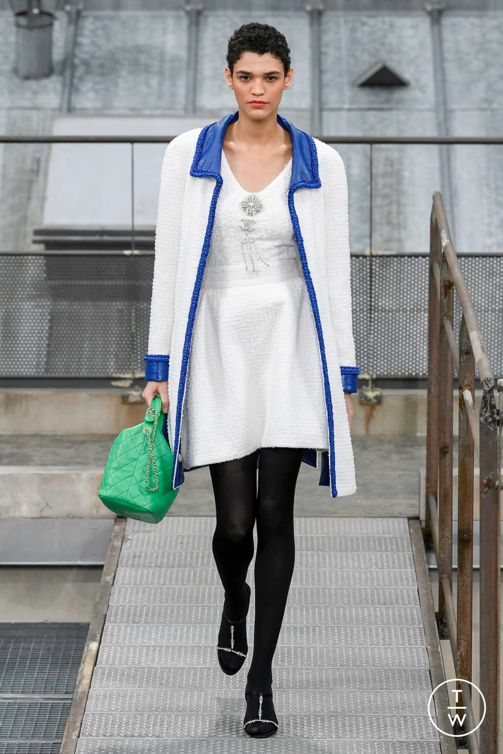 Fashion Week Paris Spring/Summer 2020 look 24 from the Chanel collection womenswear