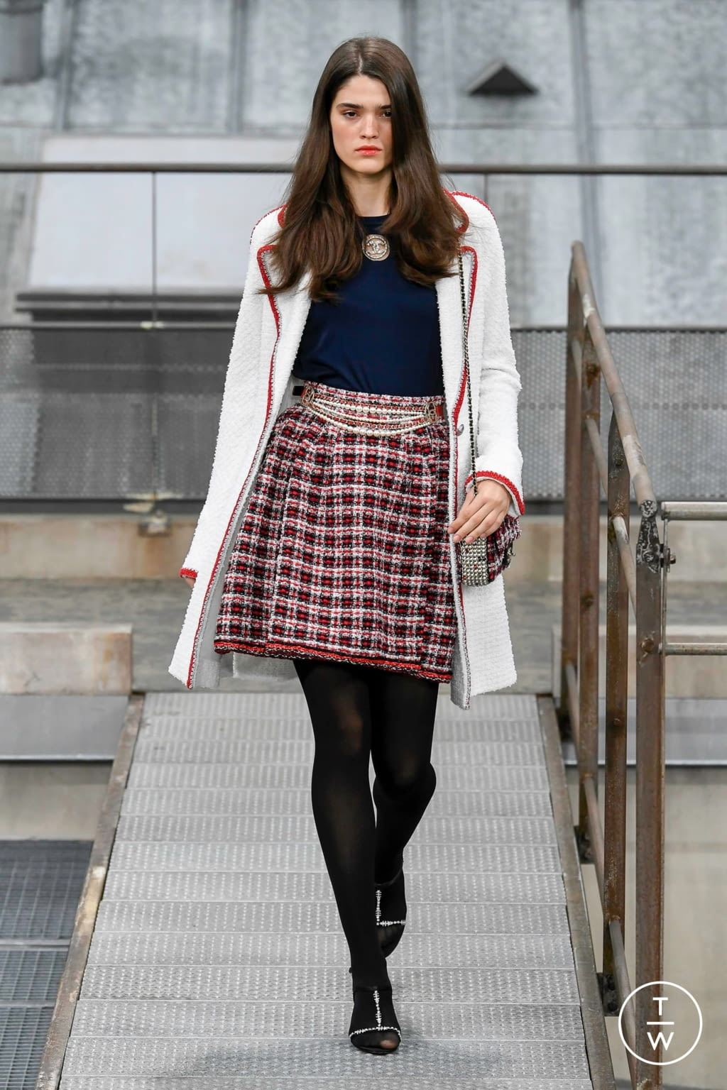Fashion Week Paris Spring/Summer 2020 look 25 from the Chanel collection womenswear