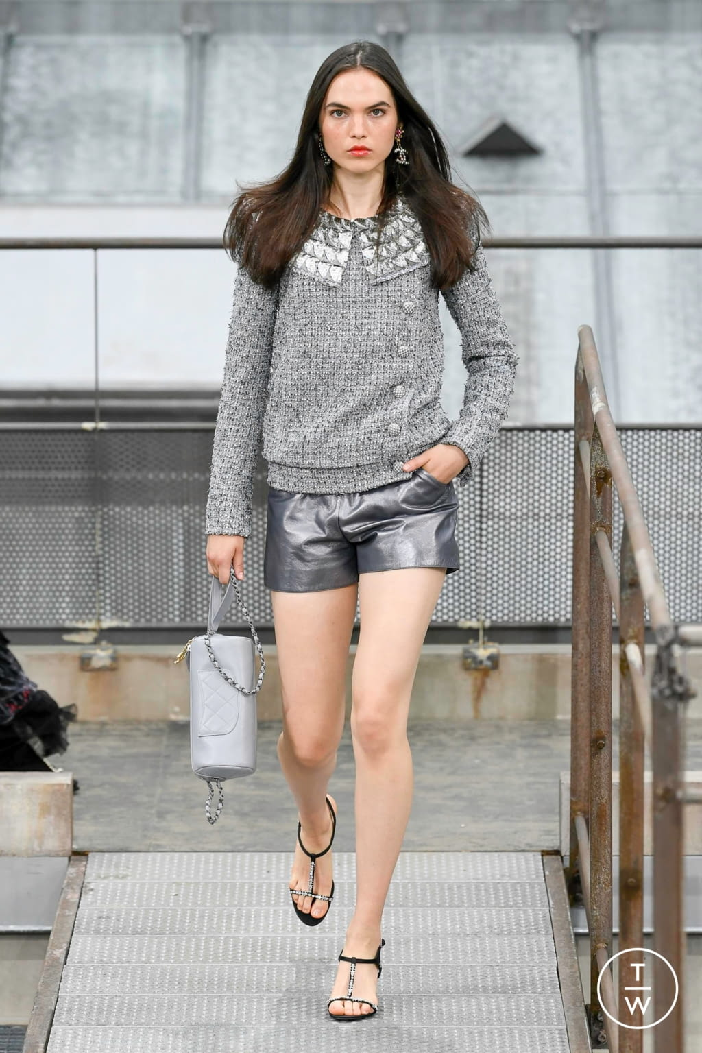 Fashion Week Paris Spring/Summer 2020 look 44 from the Chanel collection womenswear